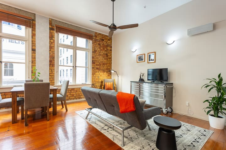 Characterful loft on Lorne Street