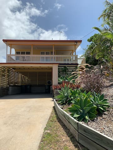 Tannum Beach Stay - Your home away from home