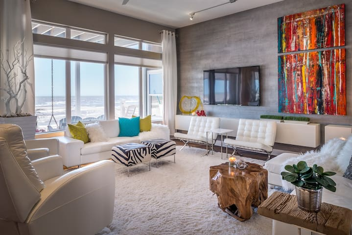 Modern Beach Front Dream House fit for everyone