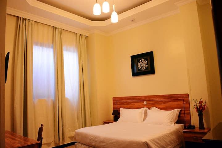 Double Room (La Posh Hotel)
