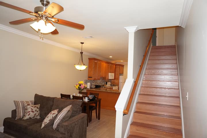 2 Bedroom/ 1.5 Bath Duplex - B