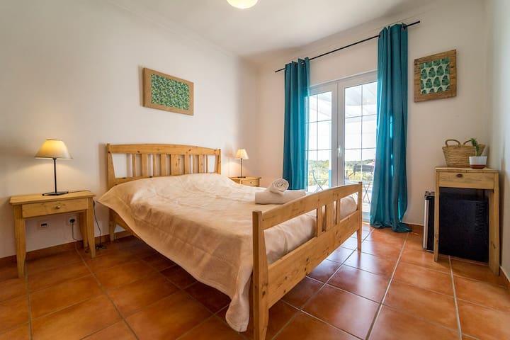 Monte Clérigo Room - Villa Vicentina Guesthouse