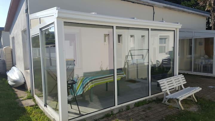 Petite maison à 50m de la plage