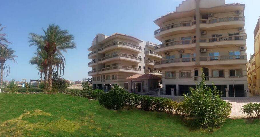 Outdoor Nour Plaza