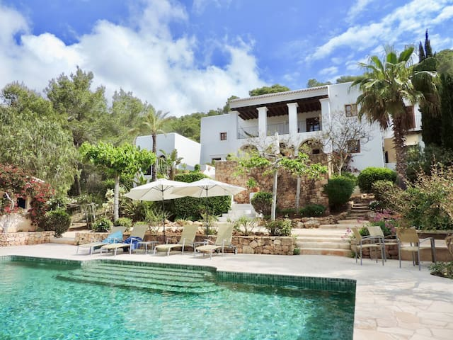 Gorgeous Finca with Pool in San Carlos