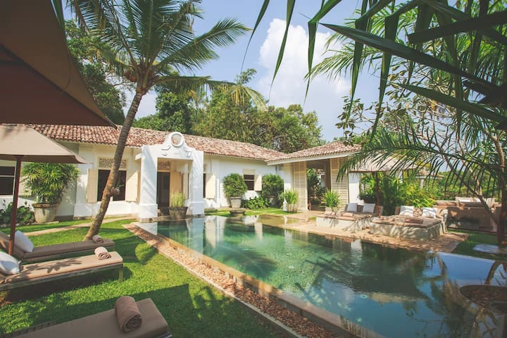 Karmel The Villa