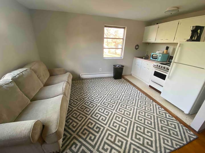 All to Yourself APARTMENT Centrally Located!