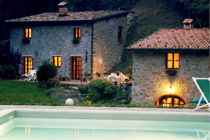 Relax totale in Chalet nel Bosco | Lucca | Toscana