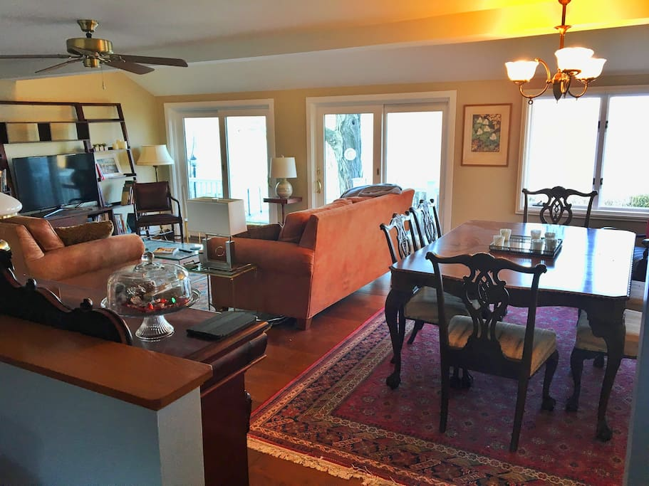 Main Cottage Living/Dining Room
