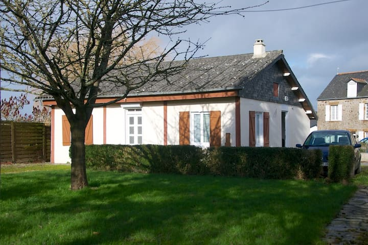 Cottage at 4kms from the Mont Saint Michel - Beauvoir - Hus