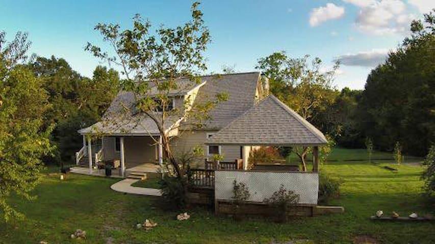 Cabin 13 Whispering Oaks