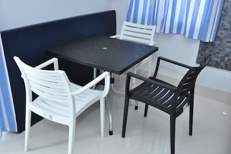 """Quiet Home"" A2- Studio Apartment Pondicherry - Puducherry - Hotellipalvelut tarjoava huoneisto"