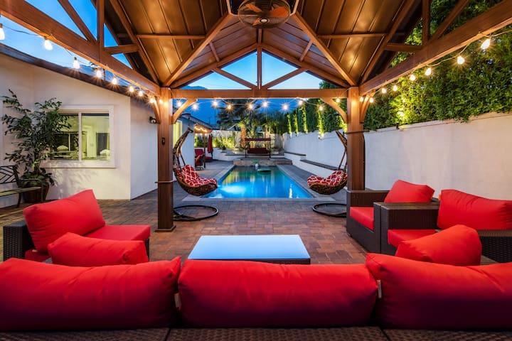The Junipero Residence   PALM SPRINGS 4BR/3BA