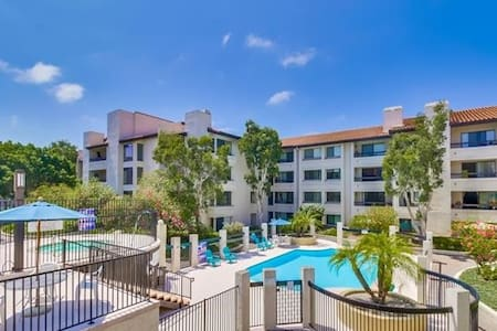 Private Bath and bed.Resortlike amenities.Central. - San Diego - Ortak mülk