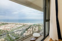 """阿那亚""""月朗阁""""黄金海岸115平高层瞰海公寓 高层无敌海景,一览整个阿那亚漂亮的海岸线"""