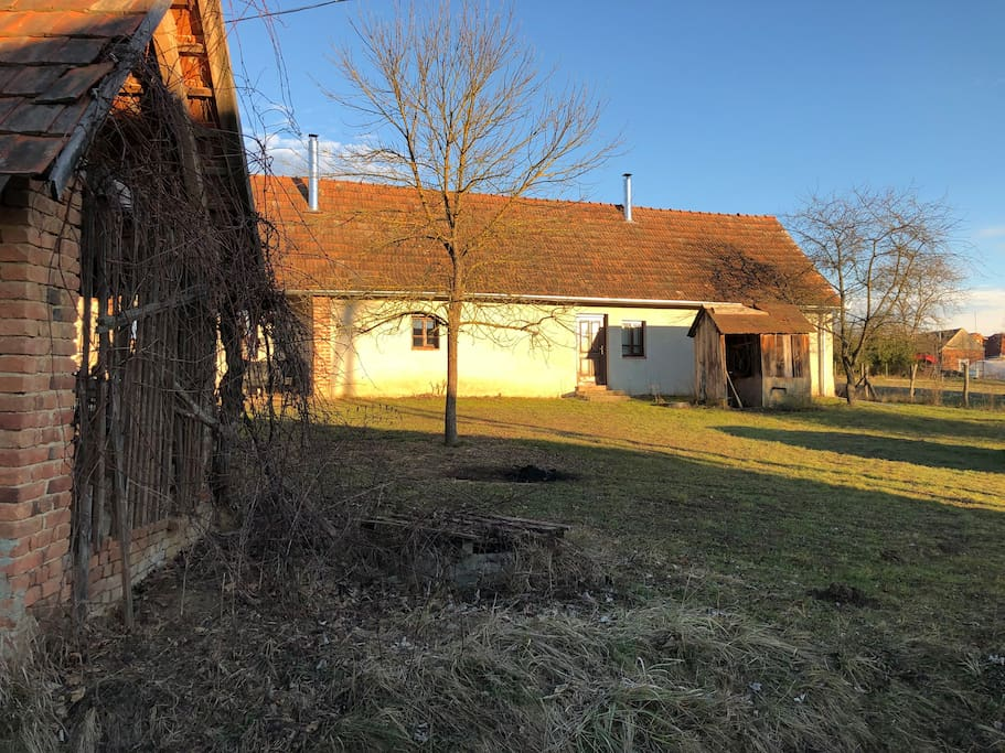 Front facade (wood storage on left) winter 2018
