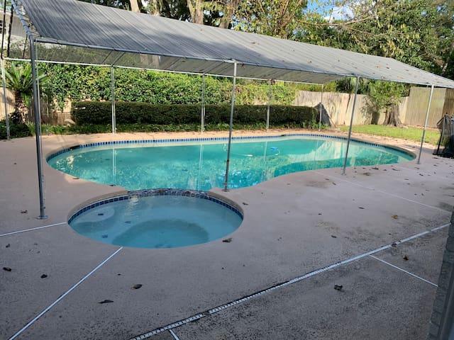 Fully Remodeled Pool Home w/Hot Tub