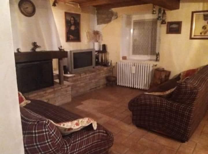 Casale di campagna a Montebonello di Pavullo n.f.