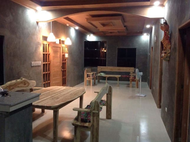 Vacation Home at Mt. Maculot, Cuenca