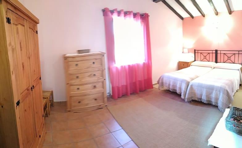 Dormitorio 3 en primera planta. 2 camas individuales.