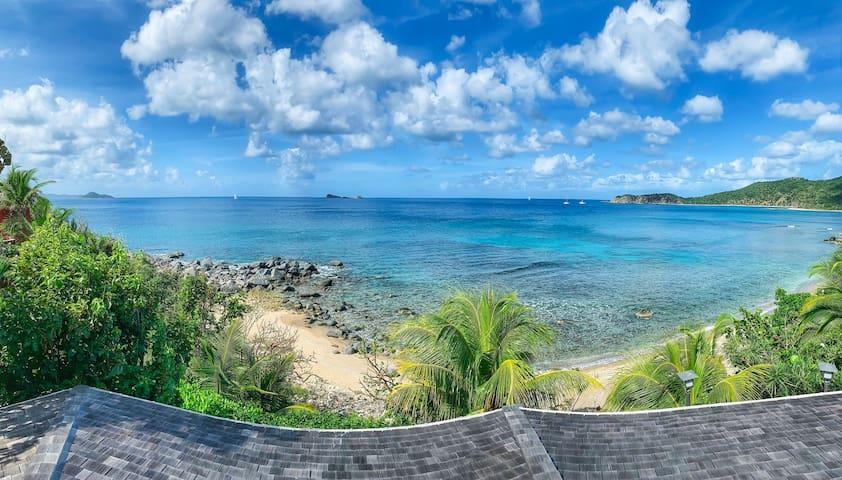 Sunset Watch Pool Side Villa: Beachfront Property