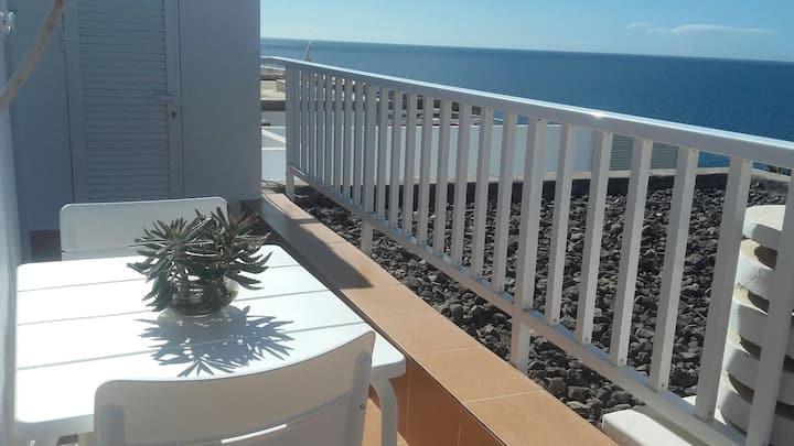 Casa Oti. Espectaculares vistas al mar. Zona Anfi
