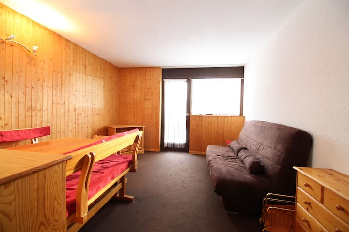 1 bedroom with alcove near pistes