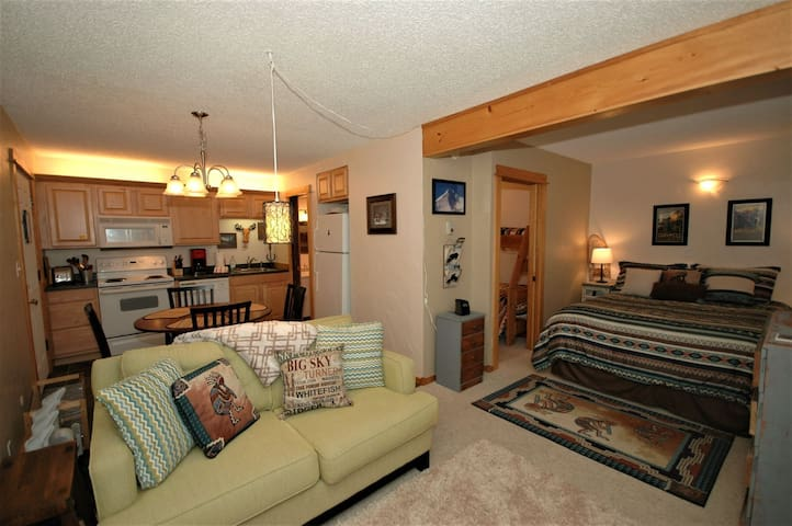 1221 Hill - Gallatin Gateway - Condominium