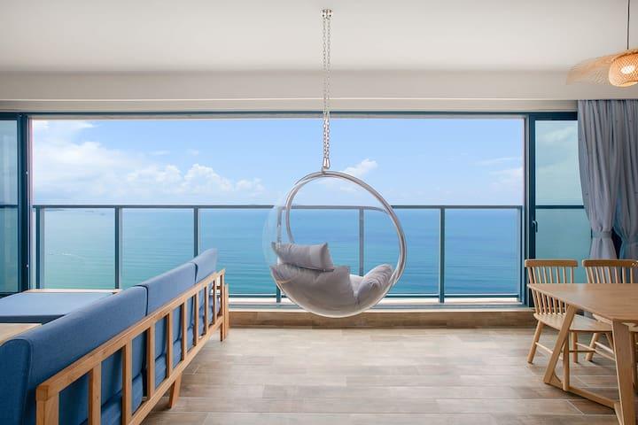 万科双月湾三期一线无敌正海13楼270度两房一厅现代豪华海景房