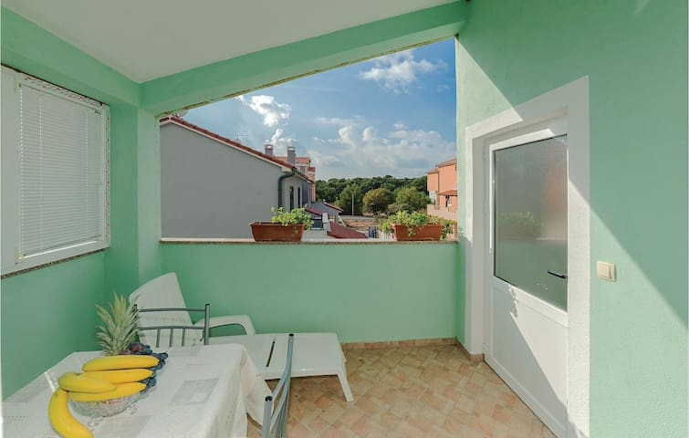 Holiday apartment with 1 bedroom on 37m² in Biograd