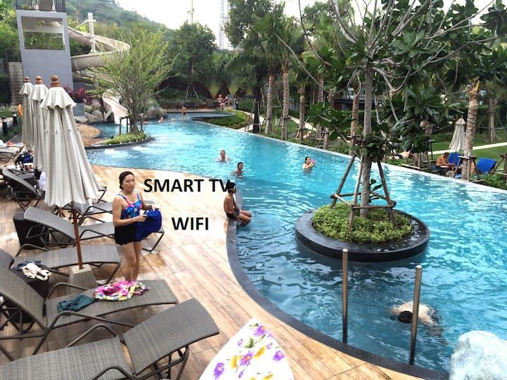 Unixx 4 Luxury 1-bedroom (35 sqm) seaview