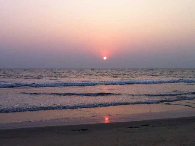 Sanam Beach House Kannur - Deluxe 1