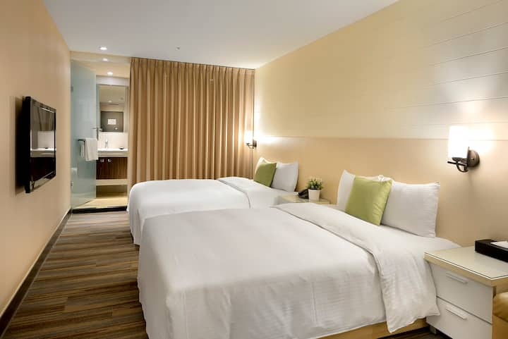 Explore Hip XimenDing from a Modern Hotel | 2 Double beds