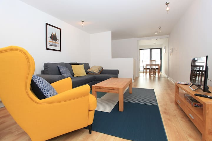 Bright Apartment in the Heart of Temple Bar