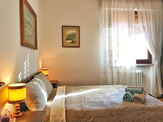 Cozy room, old style - Pistoia - Apartment