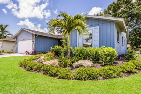 ***NEW*** Tropical Getaway Home 4bdr/2ba