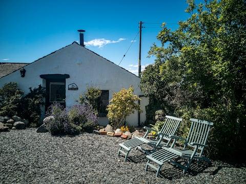 Western Lake District Beach, dog friendly cottage