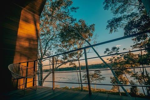 ΞΕΝΟΔΟΧΕΊΟ ENAI - Τροπική θέα στον ποταμό στο Πουέρτο Μαλντονάντο