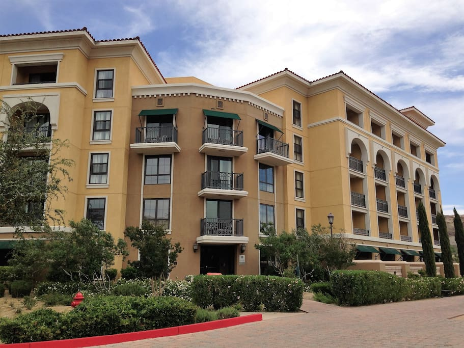 Spectacular Lake View One Bedroom Lake Las Vegas Apartments For Rent In Henderson Nevada
