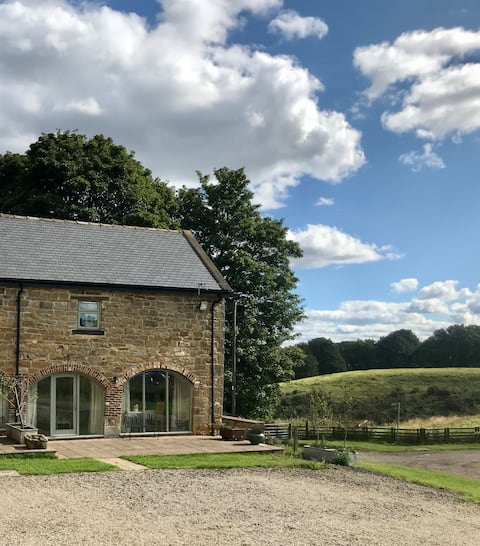 Bowes Barn 5* for 3,dogs welcome nr Beamish,Durham