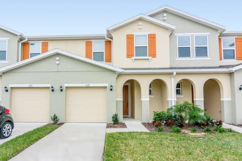6miles to Disney&ESPN! 4BR-Pool Table-Compass Bay