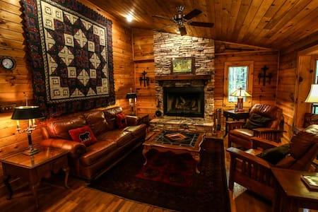 Rustic Log Cabin near Boone to enjoy the mountains - Sugar Grove