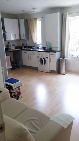 Comfortable double bedroom near Stansted Airport.