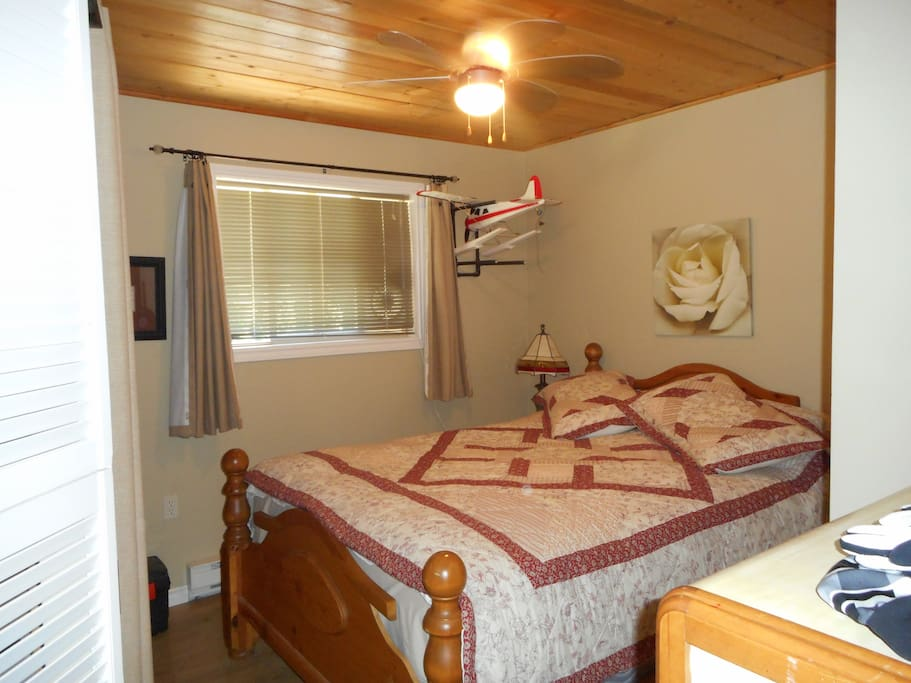 Bedroom #1 with queen size bed
