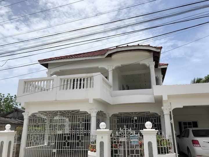 Comfy Upper Floor Studio w/ Sunny Patio/Balcony