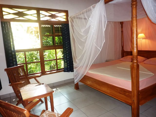 "Room ""Saras"" in Saraswati Holiday House"