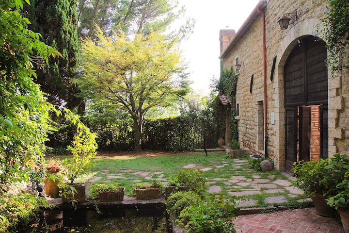 Peaceful independent housing at 2km from Assisi