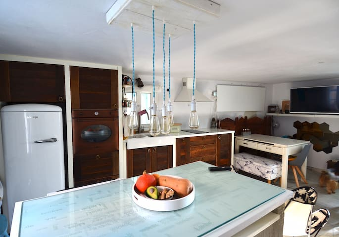Cosy, bright stone house in Grožnjan with terrace