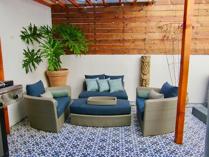 Modern Home, Priv.Jacuzzi, Rooftop Deck Ocean View