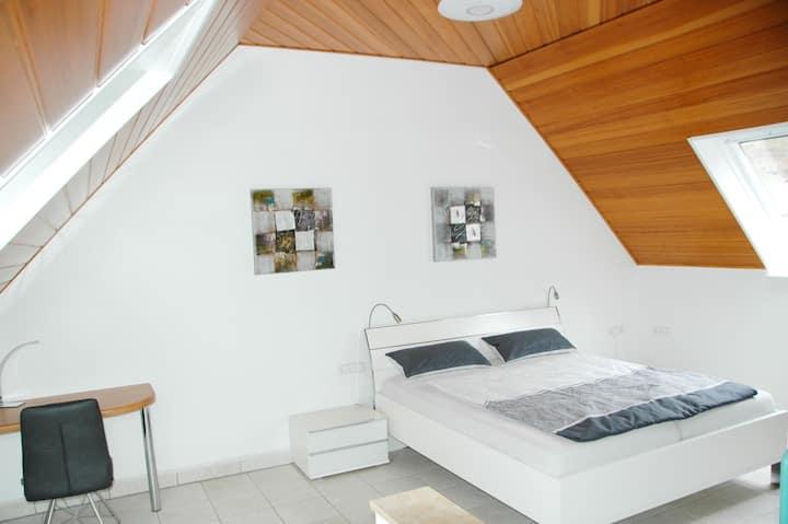 """Ferienwohnung """"Sylvianne"""", (Ottenhöfen), Ferienwohnung, 70qm, 1 Schlafzimmer, 1 Wohn-/Schlafzimmer, max. 4 Personen"""